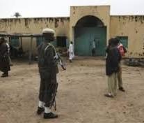 Gunmen storm Niger prison, free 270 inmates