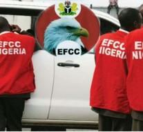 N8bn mega scam: EFCC arrest 6 CBN officials, 16 others