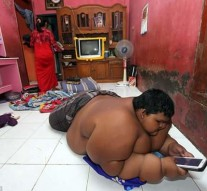 The world's fattest boy who weighs 192 kilos at the age of 10 is put on a crash diet